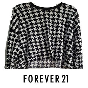 🐞🐞 Forever 21 black gingham crop top small med